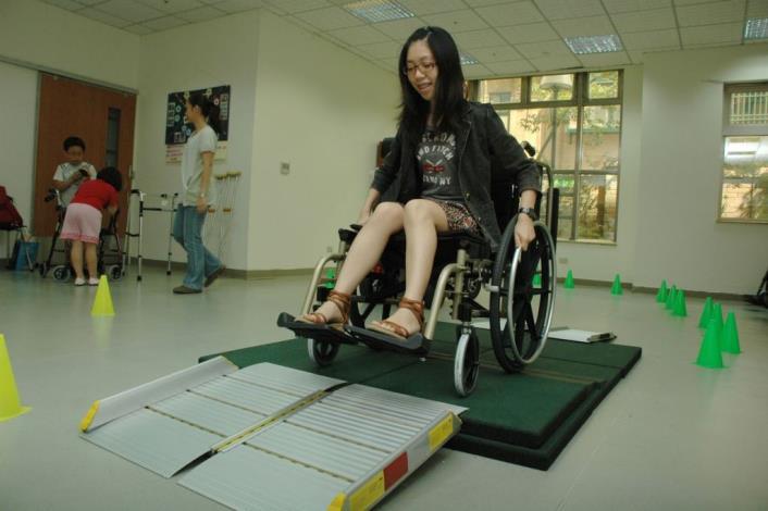 竹縣國際身障日系列活動開跑 輔具展示體驗揭幕