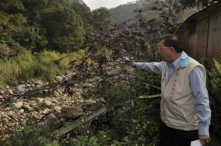 會勘尖石鄉新樂村護岸工程 將向中央爭取重建經費