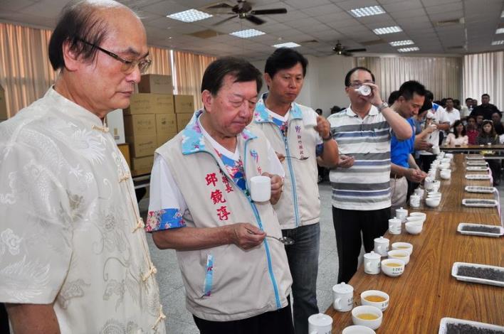 東方美人茶優良茶比賽 評選出茶王楊瑞隆 共27張圖片