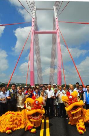 北台灣最高斜張橋-中正大橋完工通車