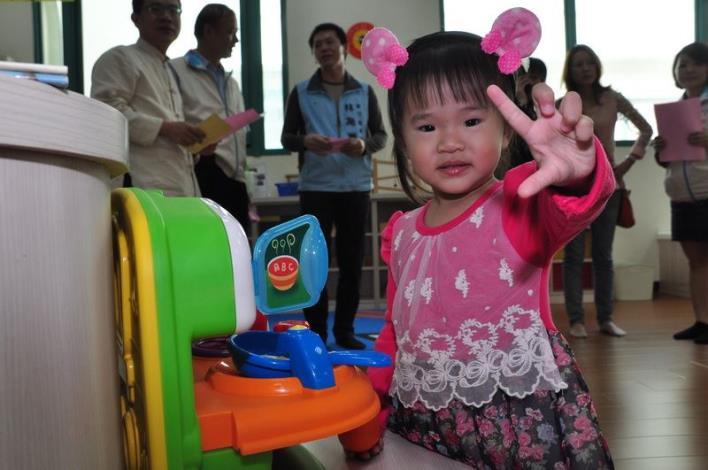 托育資源中心親子室開放 童言童語說故事大受歡迎
