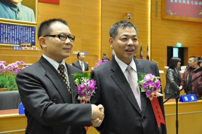 新人新氣象 縣議會正、副議長、議員宣誓就職 共12張圖片