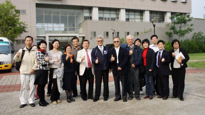 世大運足球場擬設在台大竹北分校用地   體育署、教育部長官會勘