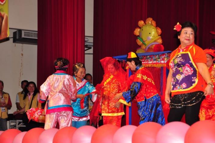 志工大會師表揚活動 暨第三屆新芽獎學金頒贈 共14張圖片