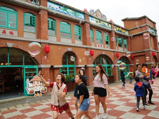 客家傳統紅磚建築 湖口好客農業文化創意園區開幕! 共5張圖片