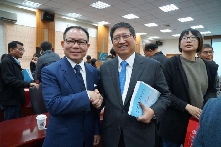 新竹縣議會第19屆議員縣政考察 楊縣長宣布「三支箭」打造竹縣30年榮景