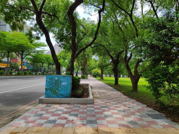 改善城市景觀 新竹縣高鐵、縣府、金融區、河岸周遭改善人行道等區域陸續完工