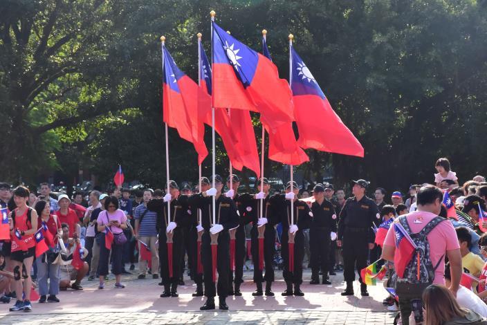 108年新竹縣政府雙十國慶升旗典禮 民眾齊聚歡度國慶日 共12張圖片