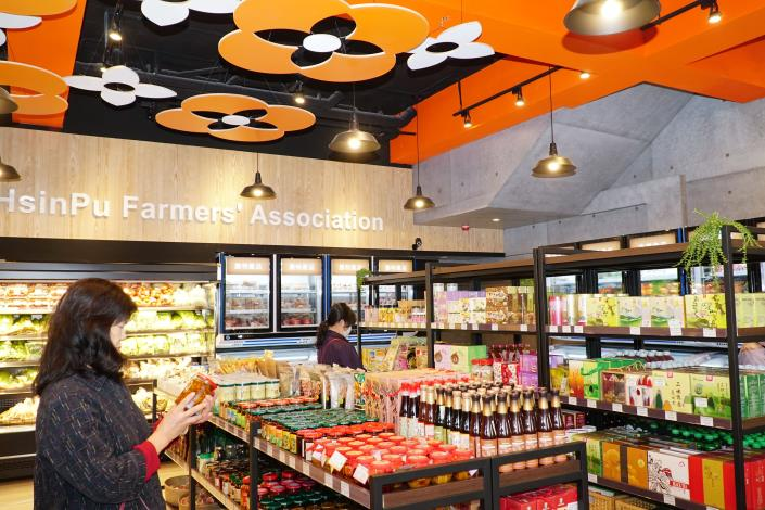 全縣第12個新農民市場!新埔鎮農會田新分部暨農民直銷站開幕