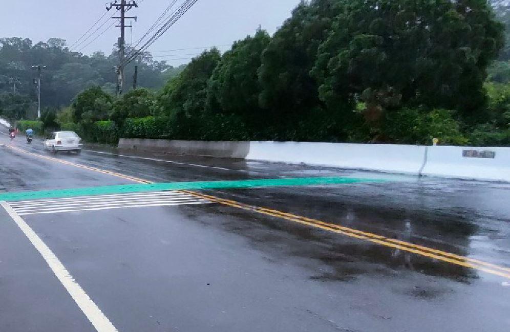竹縣府施作橋梁伸縮縫防滑措施 下雨天行經更安心
