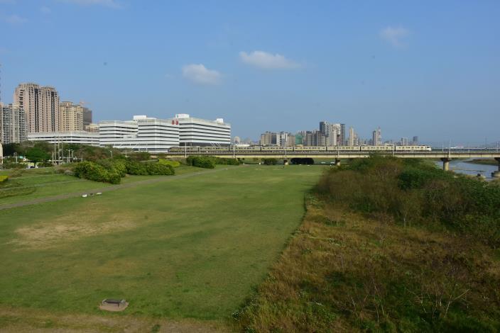 整合頭前溪北岸堤外高灘地  打造親子運動休憩新綠帶