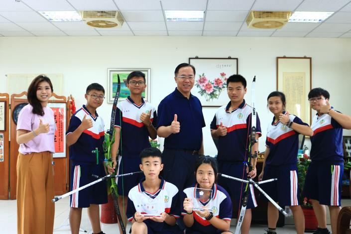 正中升學靶心石光國中射箭隊2位畢業生雙雙錄取國立竹北高中體育班