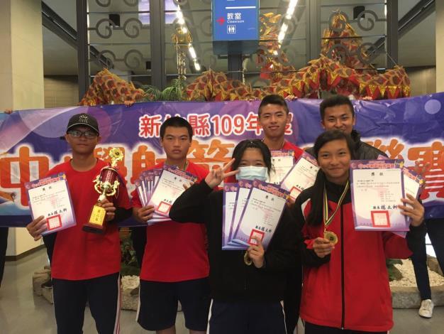 正中升學靶心石光國中射箭隊2位畢業生雙雙錄取國立竹北高中體育班 共2張圖片