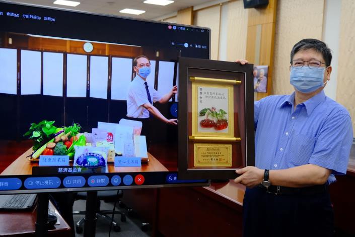 竹縣府與慈濟合作供應蔬菜、食品5896箱物資助千名弱勢學童