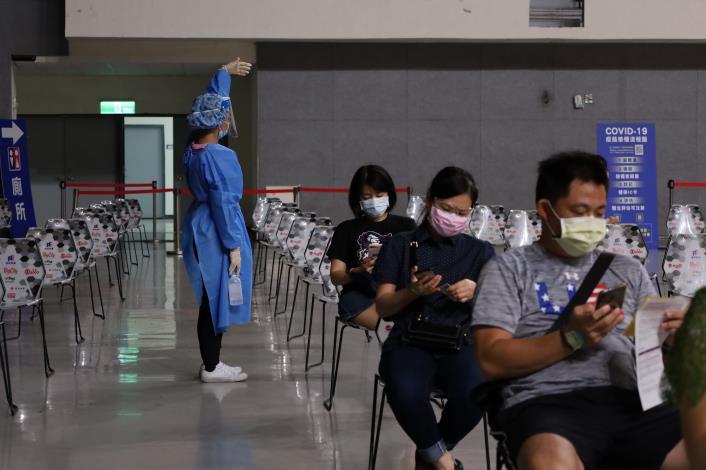 竹縣+0 第4輪2.8萬預約額滿 爭取短缺疫苗 共3張圖片