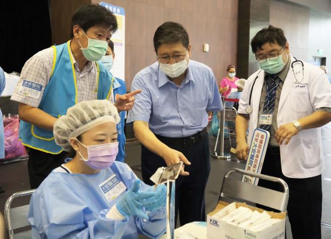 大安醫院巧思客家打法2.0 精準抽藥台體貼醫護不浪費