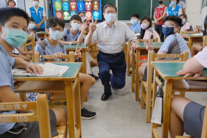 竹縣府耗資2.35億元增建成功國中校舍 新教室開學日啟用