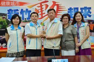 Moving Toward a Senior-citizen-friendly City, Hsinchu County Ranked the First in Long-term Care Services