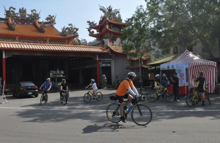 Cycling through the sceneries of Hsinchu County