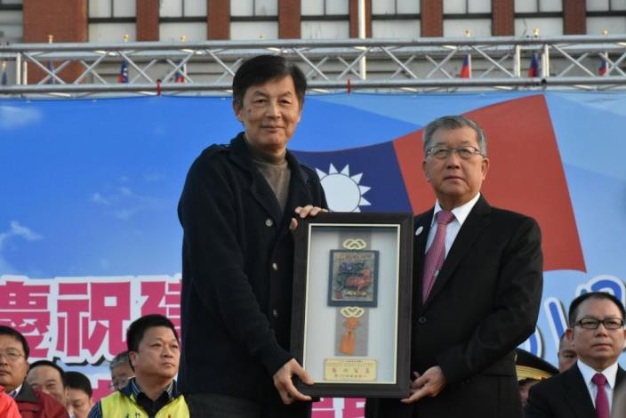 3000 people enthusiastically participate in Hsinchu County's 2017 New Year Flag-raising Ceremony