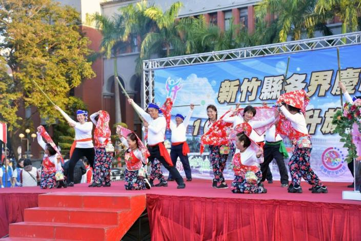 Hsinchu County Government holds a flag raising ceremony and a road running event to celebrate New Year's Day (11 photos)