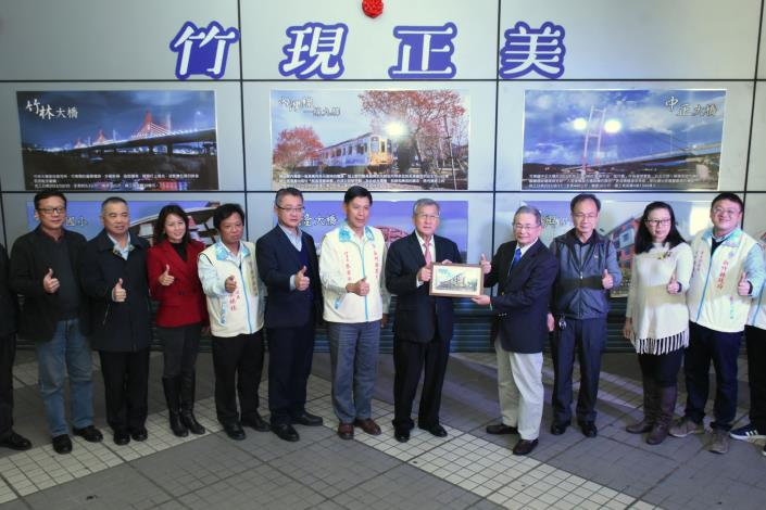 Ceramic board artworks displaying the achievements of Hsinchu County Government officially unveiled