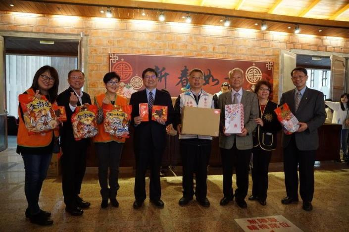 Generous public donations sent to underprivileged families before the coming of Chinese New Year