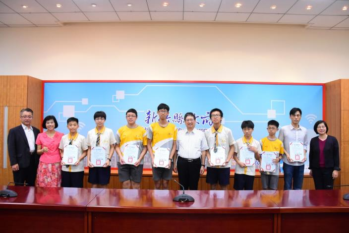Dong Xing Junior High School wins 3rd prize in 3D Tronics (2)
