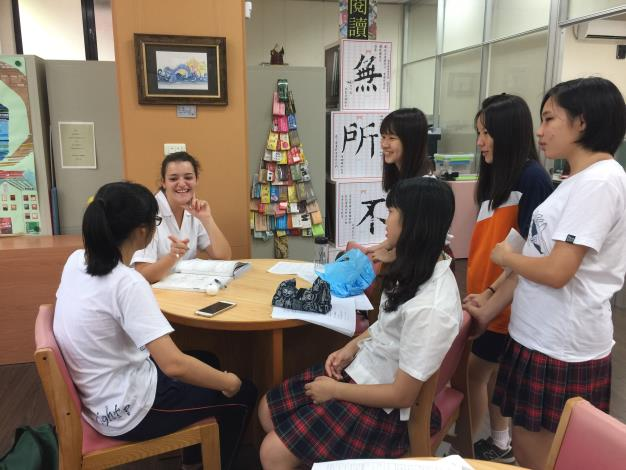 The only school in Hsinchu County, Hsinchu City and Miaoli County to receive the Ministry of Education's augmented subsidy— Liou Jia Senior High School Bilingual Experimental Class begins enrollment in 2021 academic year