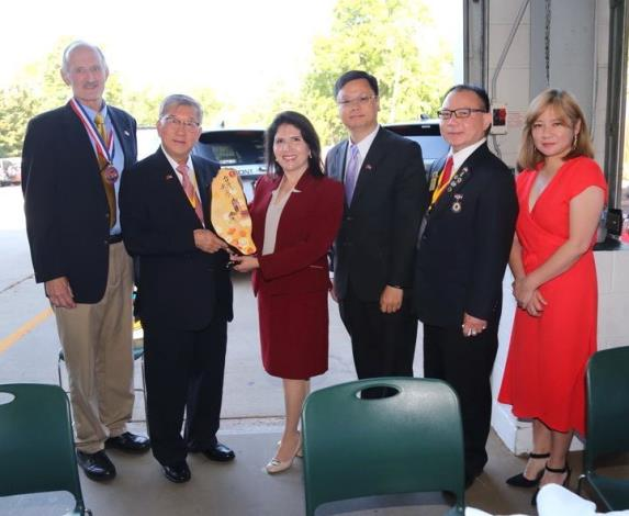 Magistrate Chiu visits the sister city Westmont in Chicago to establish closer ties (12 photos)